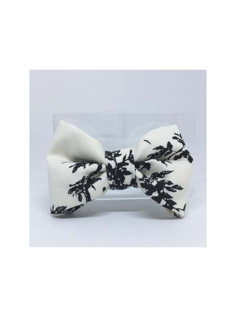 Broche Noeud-Papillon petit modèle N&B